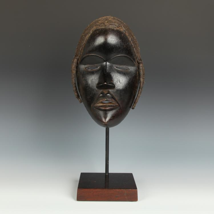 Mask, Based