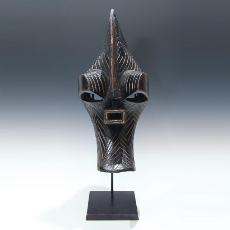 Kifwebe Mask, Based