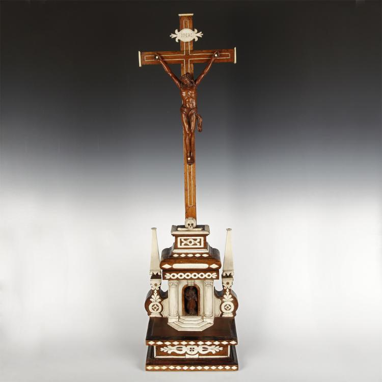 Colonial Standing Crucifix