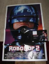 NEAR-MINT ROBOCOP 2 POSTER (FOLDED) WITH PETER WELLER SIGNED ROBOCOP COLOR PHOTO CERTIFIED AUTHENTIC PSA/DNA! MODERN CLASSIC!! (SEE ALL GREAT PHOTOS)
