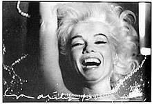 Marilyn Monroe – Laughing In Rhinestones
