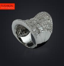 FABULOUS BAGUETTE DIAMONDS & 18K WHITE GOLD THUMB RING, SIZE L