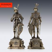 ANTIQUE 20thC GERMAN SOLID SILVER PAIR OF LARGE KNIGHT FIGURES, HANAU c.1920
