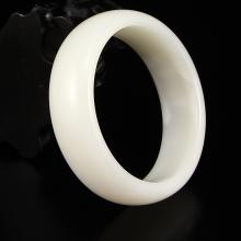 Inside Diameter 55 mm Superb Chinese Hetian Jade Bracelet