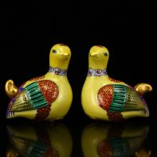 A Pair Chinese Qing Dy Gilt Gold Famille Rose Porcelain Mandarin Duck Snuff Bottle