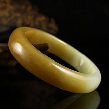 Internal Diameter 61mm Hand Carved Chinese Natural Hetian Jade Bracelet