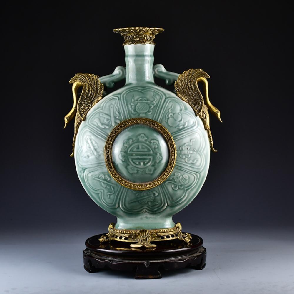Superb Chinese Gilt Gold Douqing Glaze Double Ears Porcelain Vase w Qianlong Mark