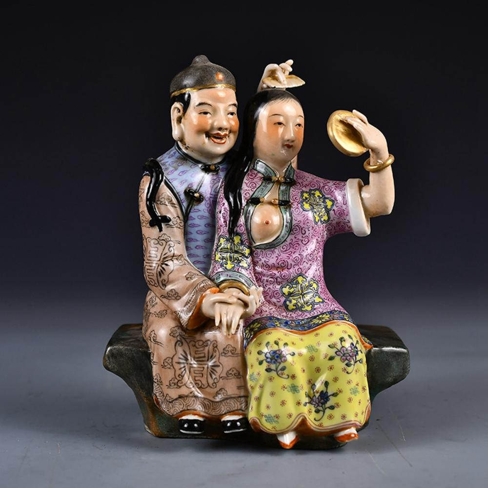 Chinese Gilt Gold Famille Rose Porcelain Figures Statue