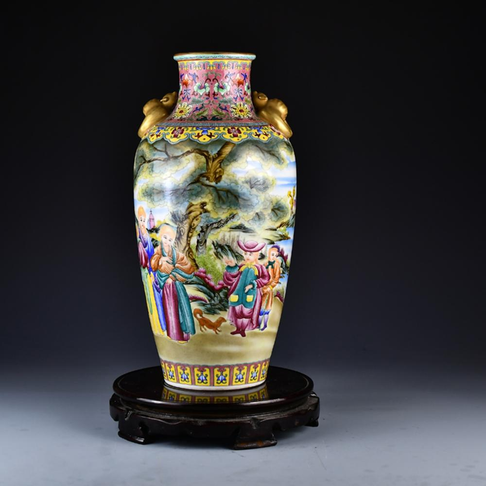 Beautiful Chinese Gilt Gold  Famille Rose Figure Double Ears Porcelain Vase