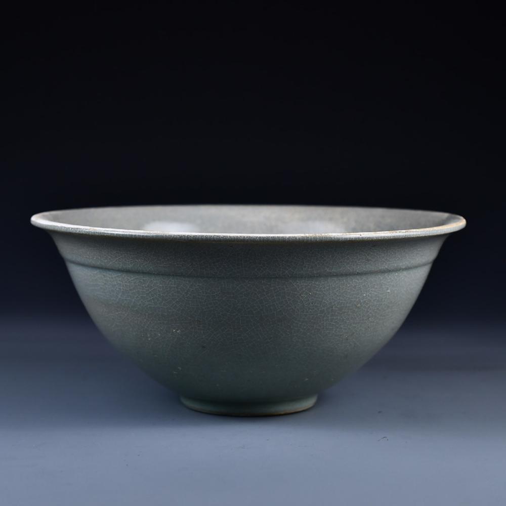Chinese Song Dynasty Ru Kiln Porcelain Bowl