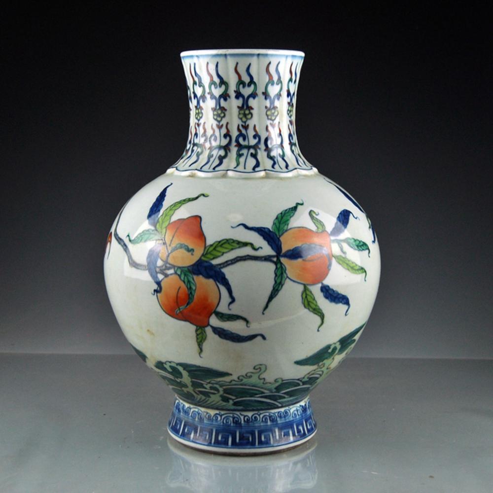 Chinese Qing Dy Dou Cai Porcelain Peaches Big Vase w Kangxi Mark