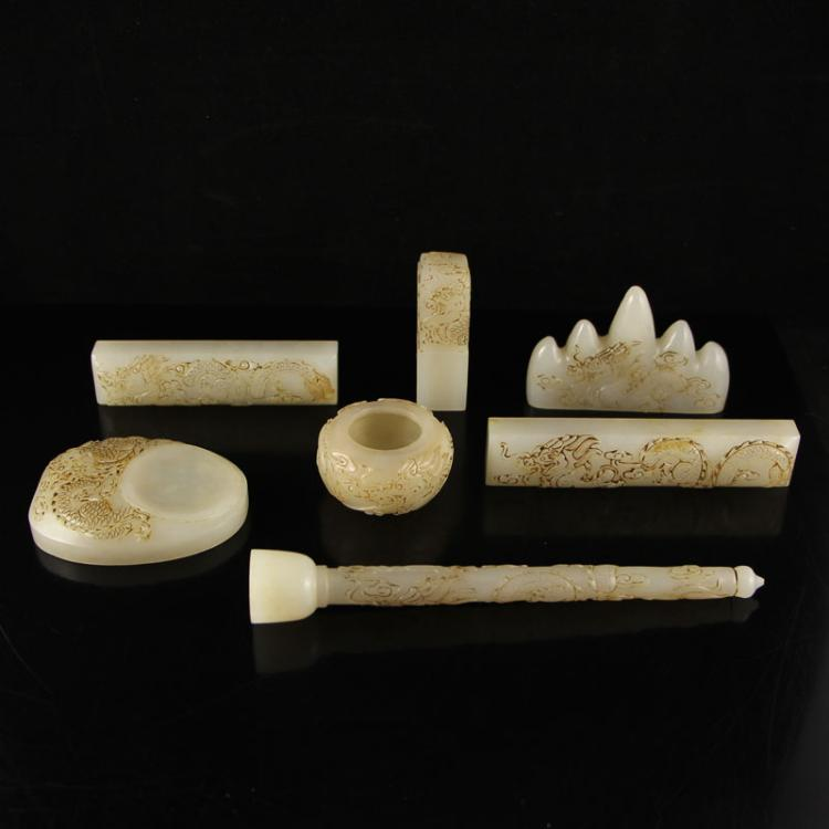 A Set Vintage Chinese Qing Dynasty Hetian Jade Handwriting Tool