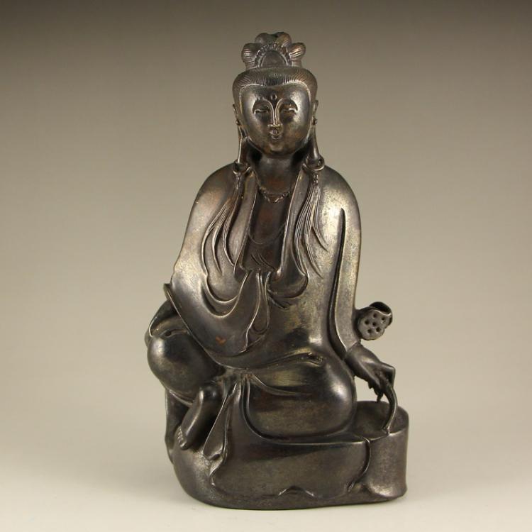 Chinese Qing Dynasty Bronze Kwan-yin Statue