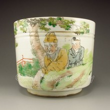 Hand-painted Chinese Dou Color Porcelain Cup