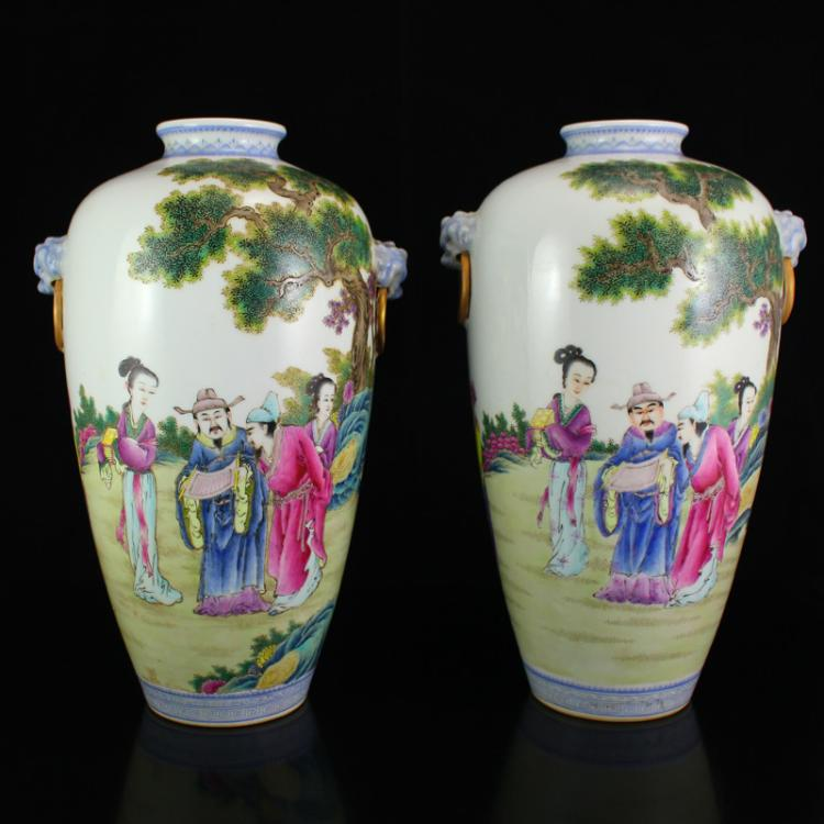 A Pair Superb Chinese Famille Rose Porcelain Vases w Qianlong Mark