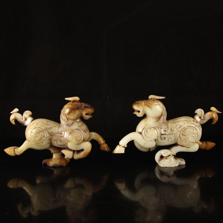 A Pair Chinese Han Dynasty Hetian Jade Statue - Horse Stepping on Flying Swallow