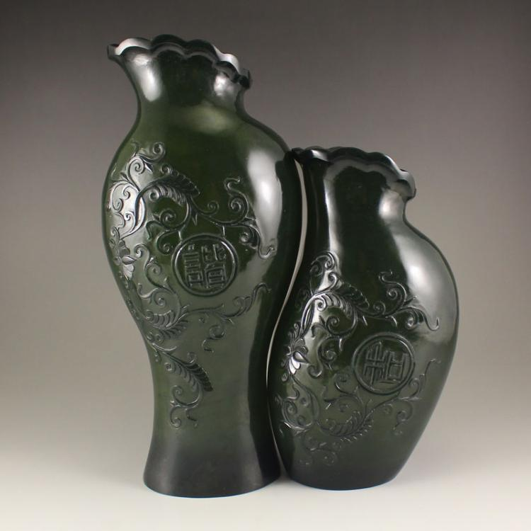 A Pair Chinese Deep Green Hetian Jade Low Relief Vase