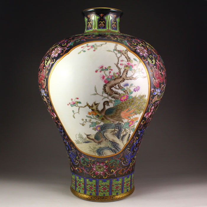 Superb Chinese Gilt Gold Famille Rose Porcelain Big Vase w Qianlong Mark