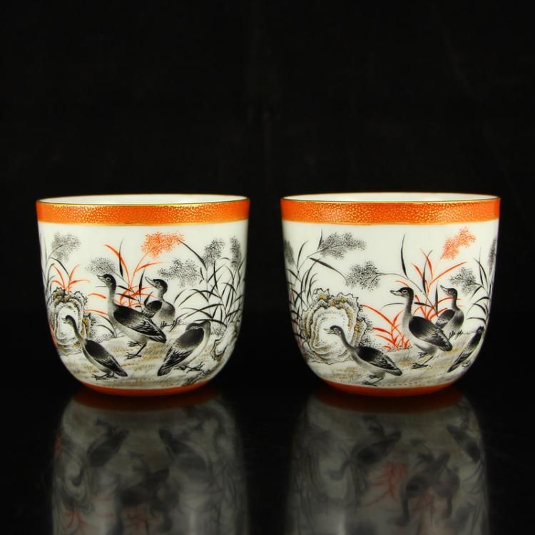 A Pair Chinese Gilt Gold Iron Red Glaze + Ink Glaze Porcelain Teacup w Qianlong Mark