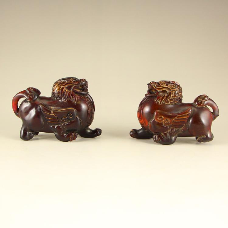A Pair Chinese Ox Horn Kylin Statue