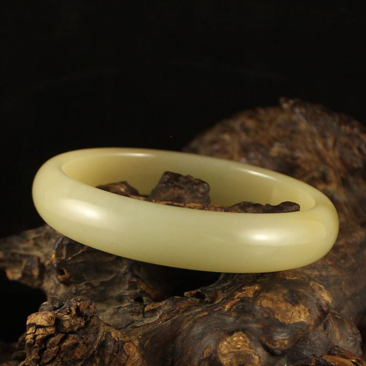 Inside Diameter 58 mm Chinese Natural Hetian Jade Bracelet