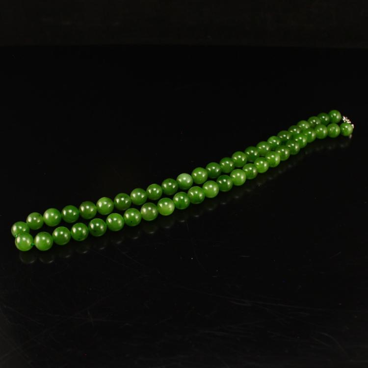 Chinese Natural Green Hetian Jade Beads Necklace