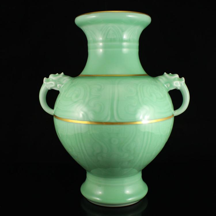 Chinese Gilt Gold Douqing Glaze Porcelain Big Vase w Qianlong Mark