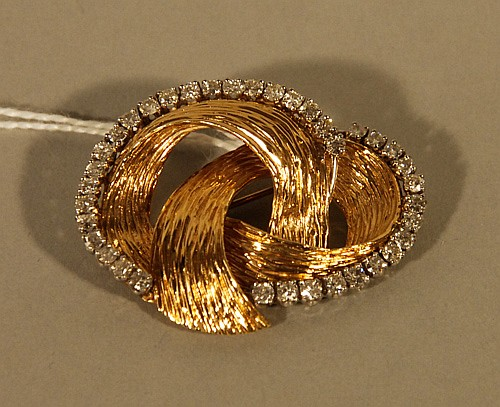 A 14k Yellow Gold and Diamond Brooch