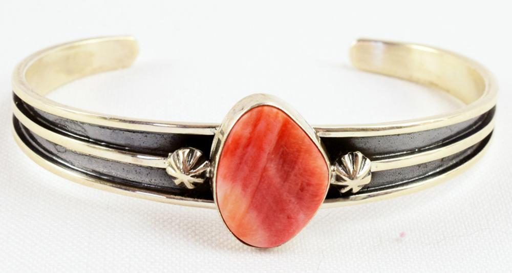 Navajo Sterling Spiny Oyster Bracelet - H. Tahe