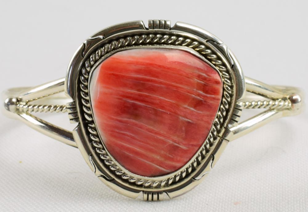 Native American Sterling Silver Spiny Oyster Bracelet