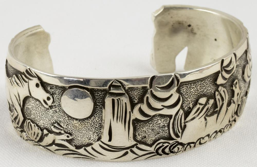 Becenti, Navajo Sterling Silver Storyteller Horse Cuff