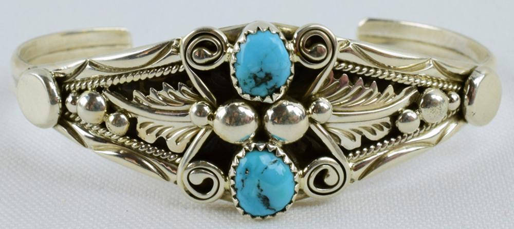 Native American Sterling Bracelet w/Turquoise