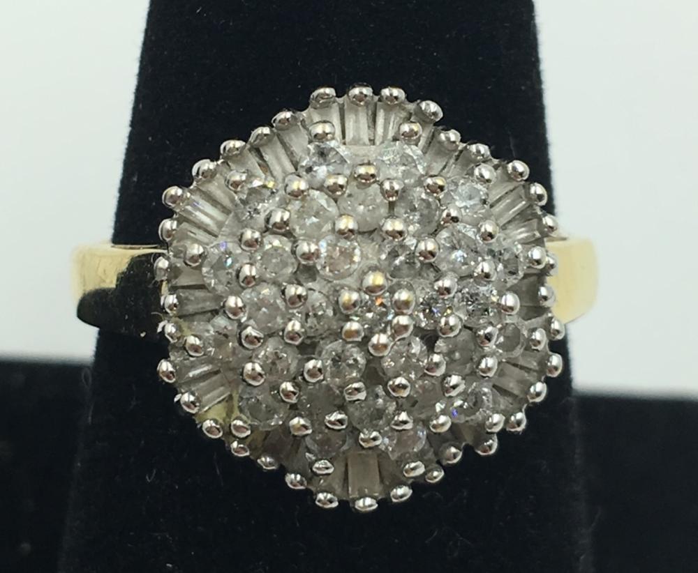 14K Y GOLD DIAMOND CLUSTER RING