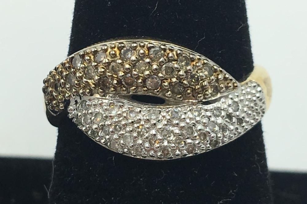14KY GOLD RING, DIAMONDS, SIZE 9 1/4