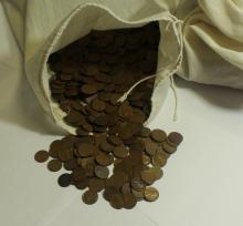 Lot 100: BAG OF 5000 WHEATS 1958 AND OLDER