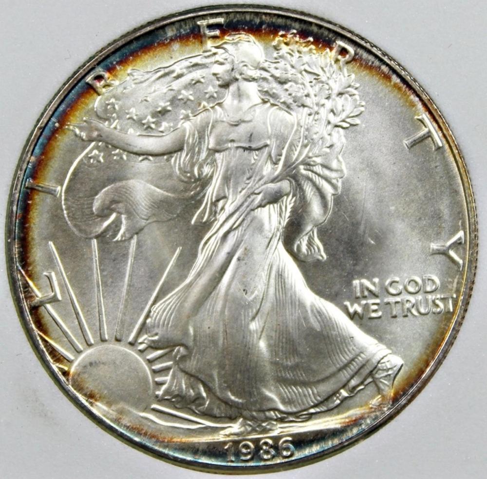 Lot 120: 1986 AMERICAN SILVER EAGLE