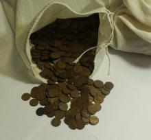 Lot 300: BAG OF 5000 WHEATS 1958 AND OLDER