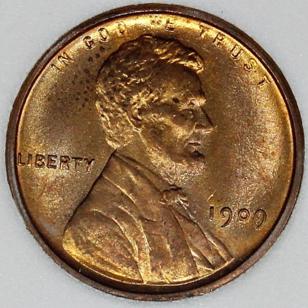 Lot 305: 1909 VDB LINCOLN CENT