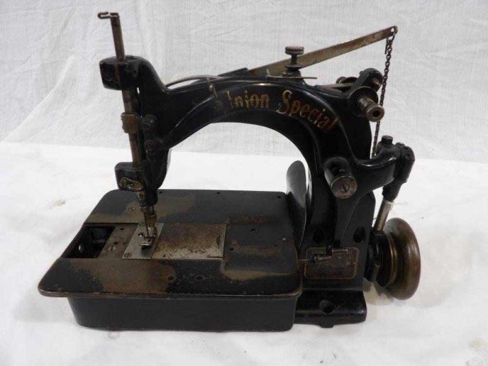 Early Union Special sewing machine