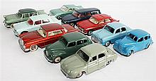 TEN DINKY TOYS CARS, INCLUDING 'RENAULT DAUPHINE 24E', AND 'MERCEDES-BENZ 300 SE, 533'. (10)