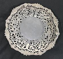 A CHINESE SILVER CAKE DISH. dia 25cm.