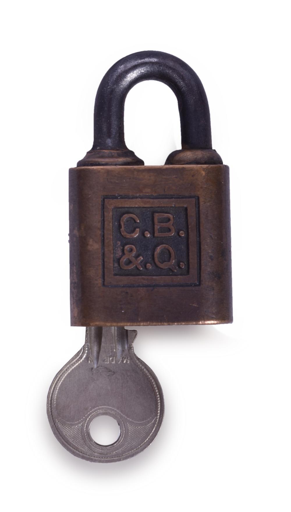 CB&Q / Burlington Railroad Brass Small Signal Department Yale Lock w/ Key