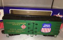 USA Trains G Scale REA/UP Reefer Car