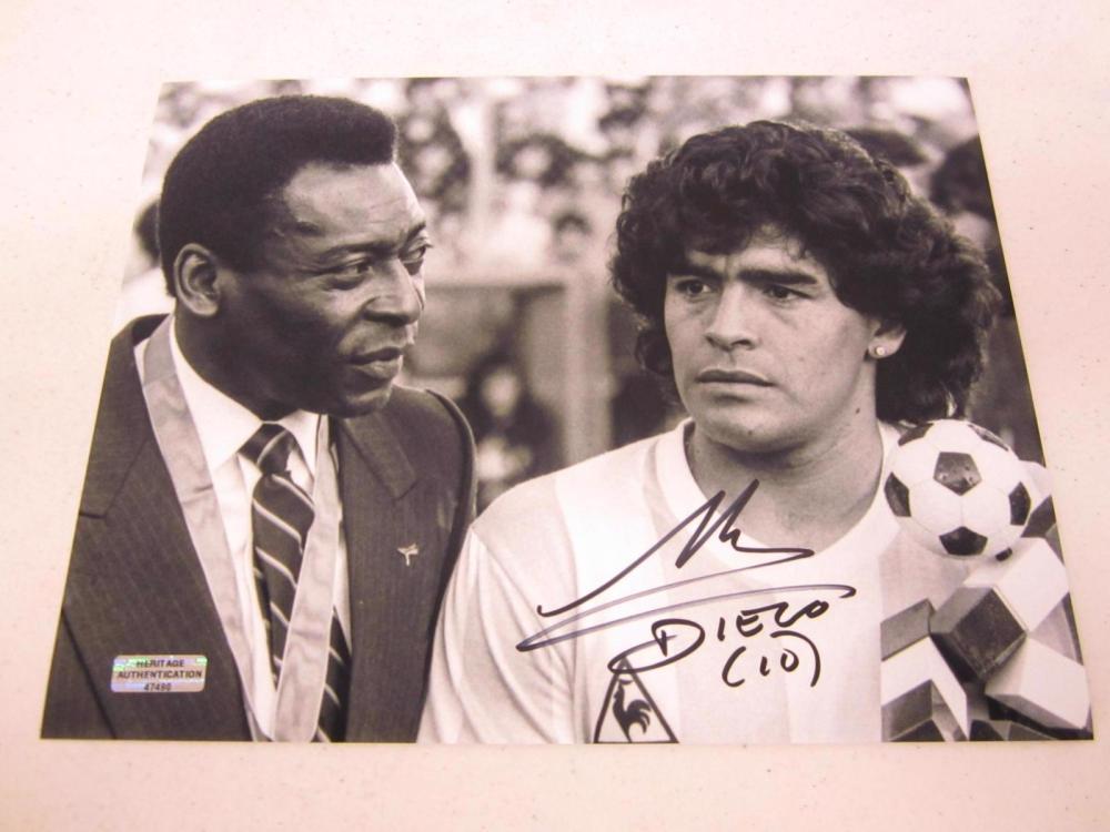 Diego Maradona Signed Autographed 8x10 Photo Certified Coa