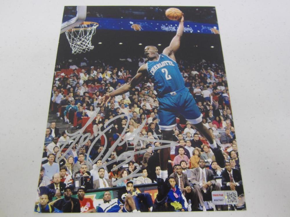 Larry Johnson Charlotte Signed Autographed 8x10 Photo TRISTAR Certified Coa