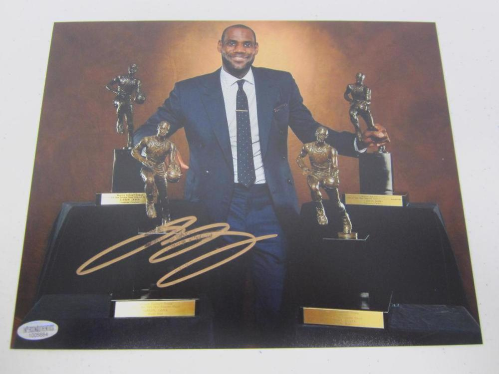 LeBron James Lakers MVP's Signed Autographed 8x10 Photo Certified Coa