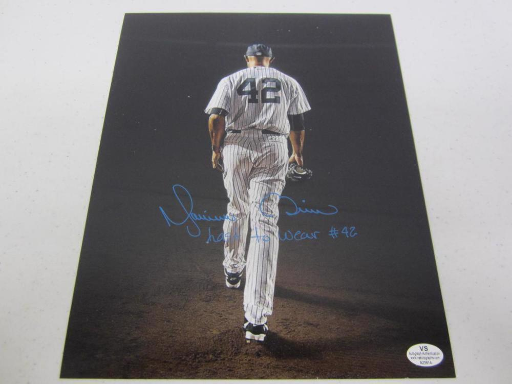 Mariano Rivera Yankees Signed Autographed 8x10 Photo Certified Coa