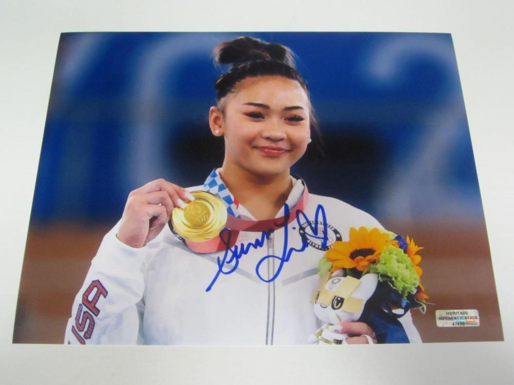 Suni Lee Signed Autographed 8x10 Photo Certified Coa