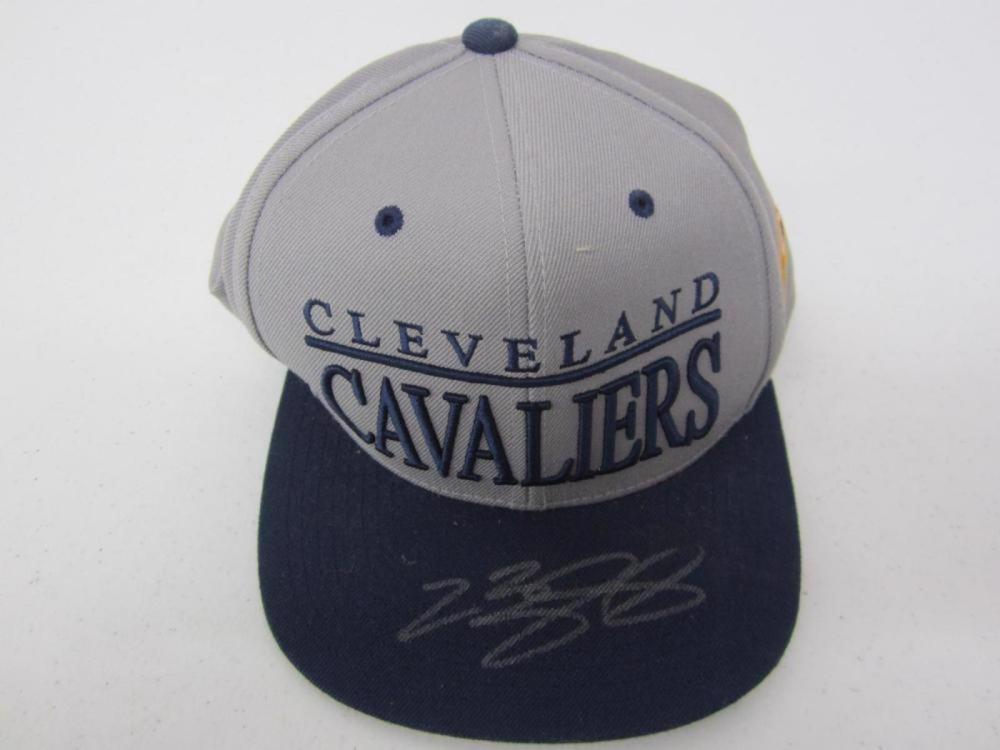 LeBron James Cavaliers Signed Autographed Gray Mitchell & Ness Hat Certified Coa