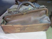c1800 Doctors bag with promissory notes of payment and tools